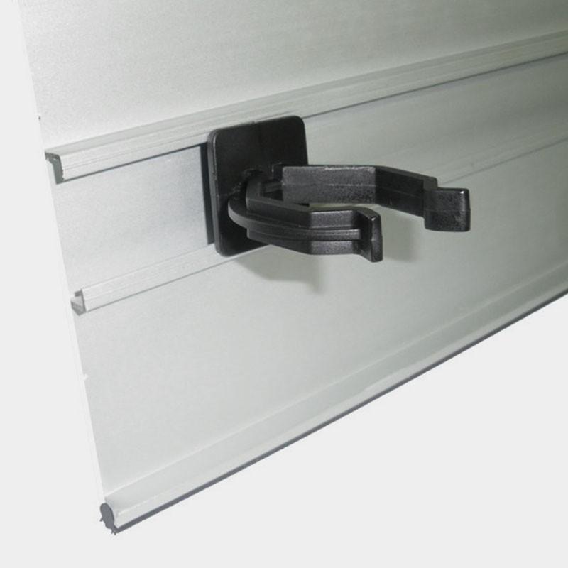 Pinza para z calo de aluminio rodapi cocina 4 uds for Muebles ballesta baza